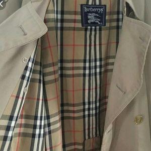 Burberry Men's Trench Coat 48